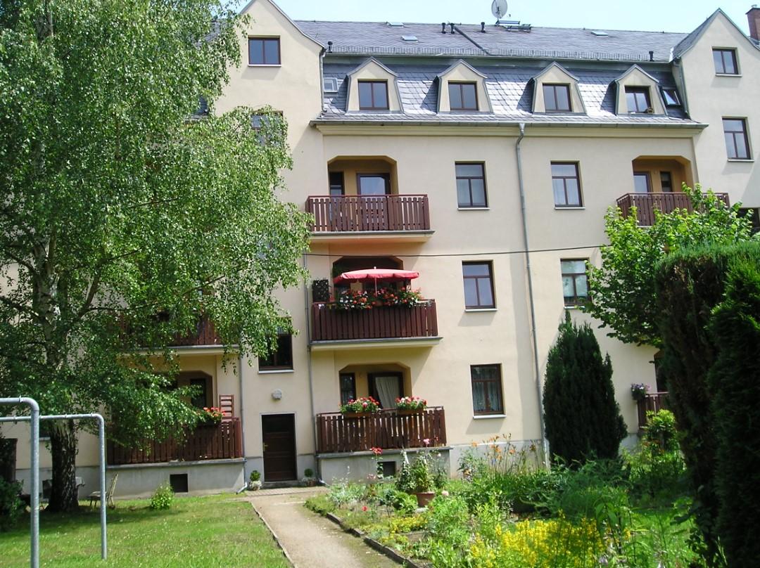 Mitten im Grünen: 3-Raum-Wohnung mit Balkon