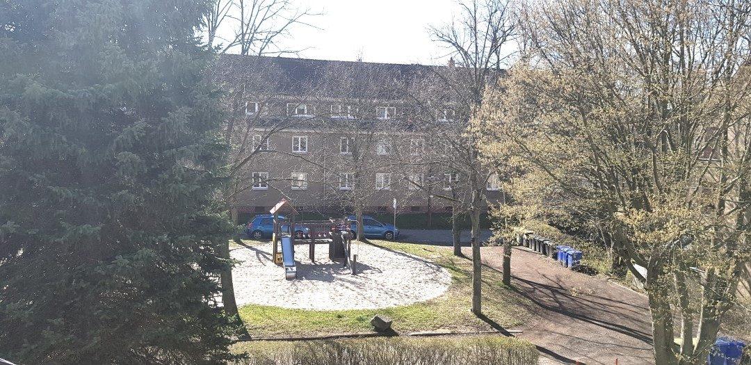 Große 4-Raum-Wohnung im Grünen, Einbauküche