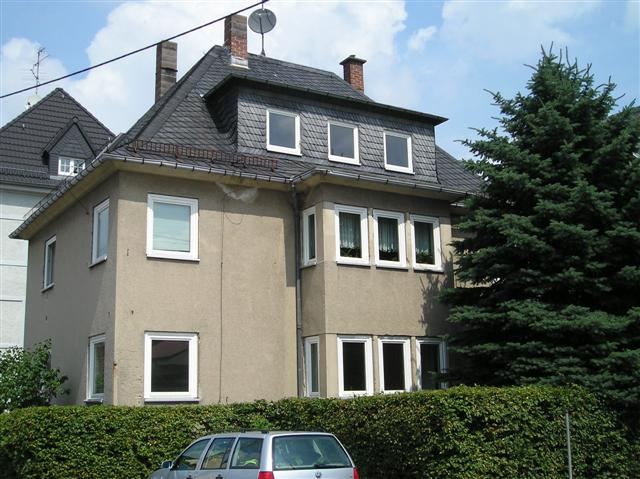 Schöne 4-Raum-Wohnung in Dreifamilienhaus